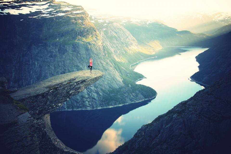 landscape mountains yoga sunset river water hills cliffs girl woman people adventure nature outdoors fitness exercise sunbeams sun rays health